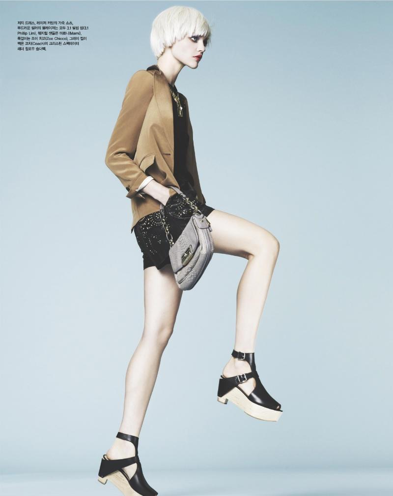 sasha pivovarova3 Sasha Pivovarova za Vogue Korea