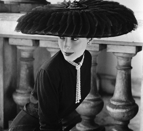1952 Legroux Soeurs Hat   photo by Norman Parkinson.61135607 large Wannabe ♥ vintage