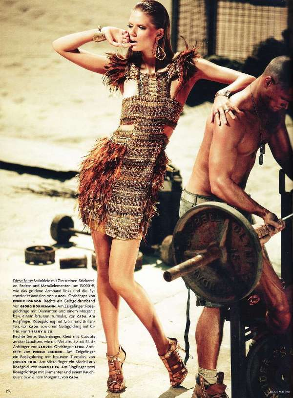 210 Julia Stegner za nemački Vogue