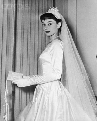 Audrey Wedding Dress Made in Italy: Sestre Fontana