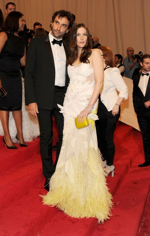 Liv Tyler in Givenchy Crveni tepih: MET Ball 2011