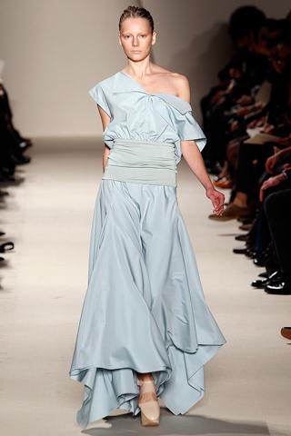 akris 2 Prolećni trend: Duge haljine i suknje