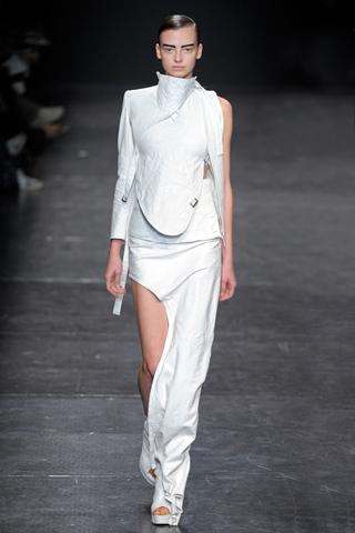 ann demeulemeester 21 Prolećni trend: Duge haljine i suknje
