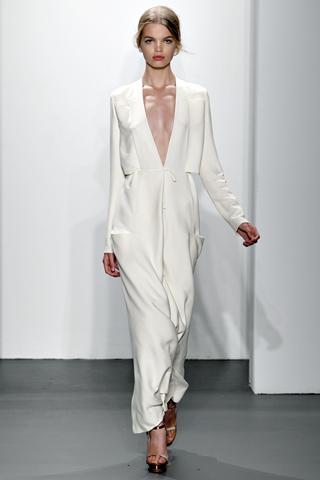 calvin klein collection 10 Prolećni trend: Duge haljine i suknje