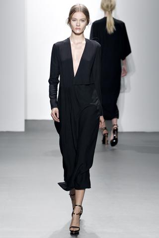 calvin klein collection 5 Prolećni trend: Duge haljine i suknje