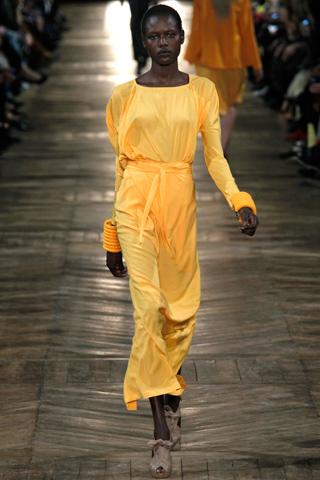 damir doma1 Prolećni trend: Duge haljine i suknje