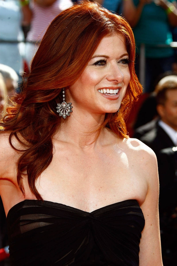 debra messing emmy awards Vatra u kosi