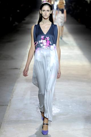 dries van noten 1 Prolećni trend: Duge haljine i suknje
