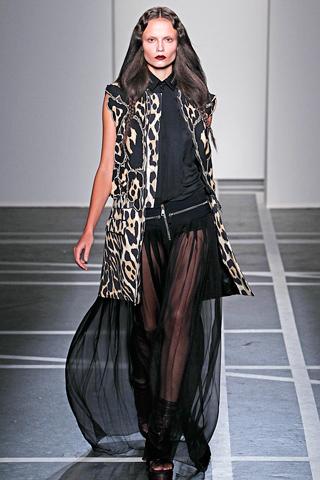 givenchy 14 Prolećni trend: Duge haljine i suknje