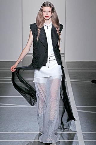 givenchy 5 Prolećni trend: Duge haljine i suknje