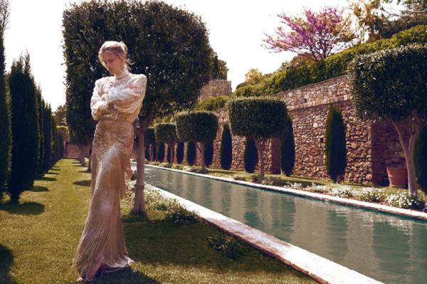 hellas1 Charlotte Cordes za Vogue Hellas jun 2011.