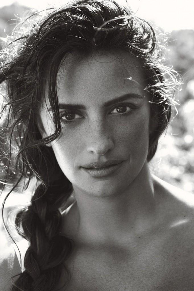 penelope cruz3 682x1024 Penelope Cruz za Vogue US jun 2011.