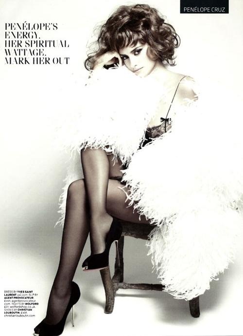 penelope cruz gq 2011cover Penelope Cruz za GQ UK jun 2011.
