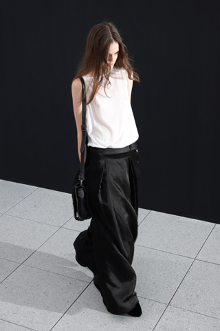 theyskens teory 1 Prolećni trend: Duge haljine i suknje
