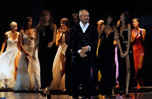 versace Modna činjenica: Povratak devedesetih