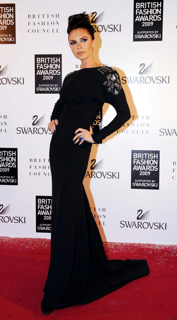 victoria beckham british fashion awards picnik Da li ste pripadnica posh stila?