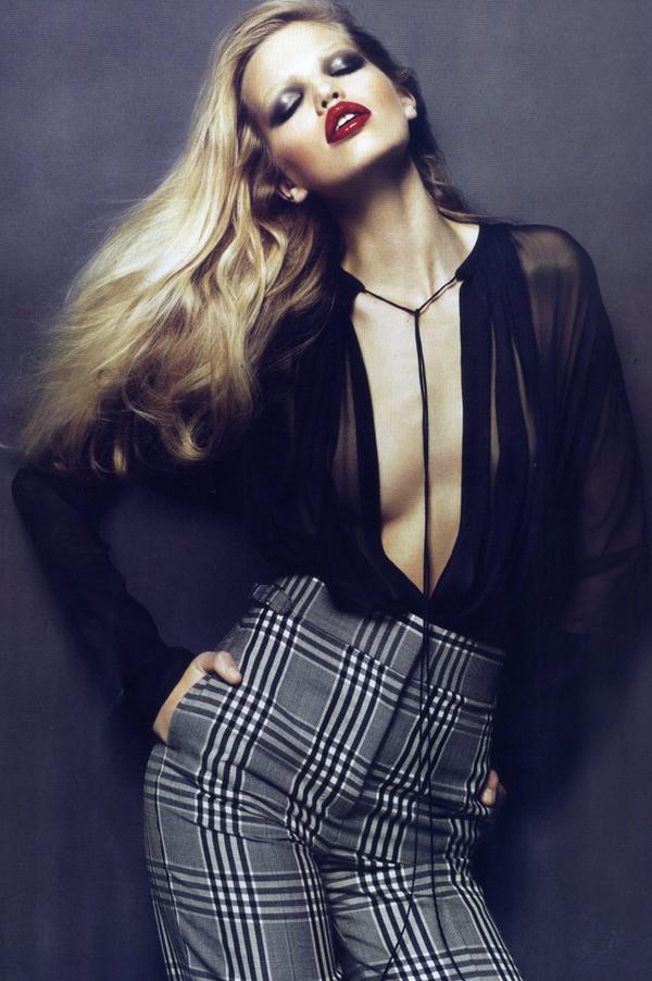 1 Vogue Paris 2010 Top 5 najmlađih manekenki koje osvajaju svetske modne piste