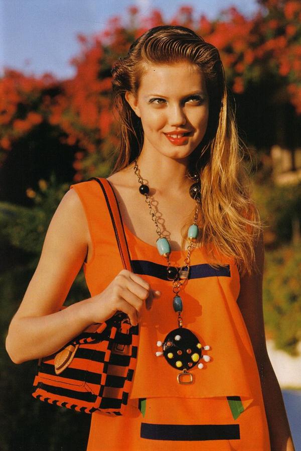 1 Vogue UK 2011 Top 5 najmlađih manekenki koje osvajaju svetske modne piste