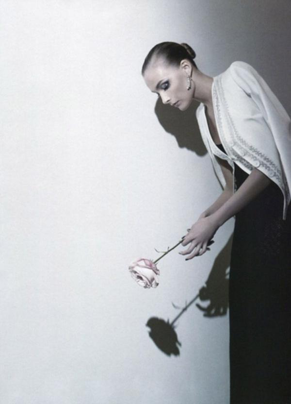 222 Snejana Onopka za Vogue Japan jul 2011.