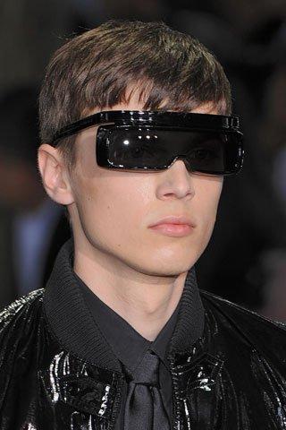 25444 103022629731200 100000703913137 84409 3667235 n Fashion by DinoBoy: Bilo kuda naočare svuda!