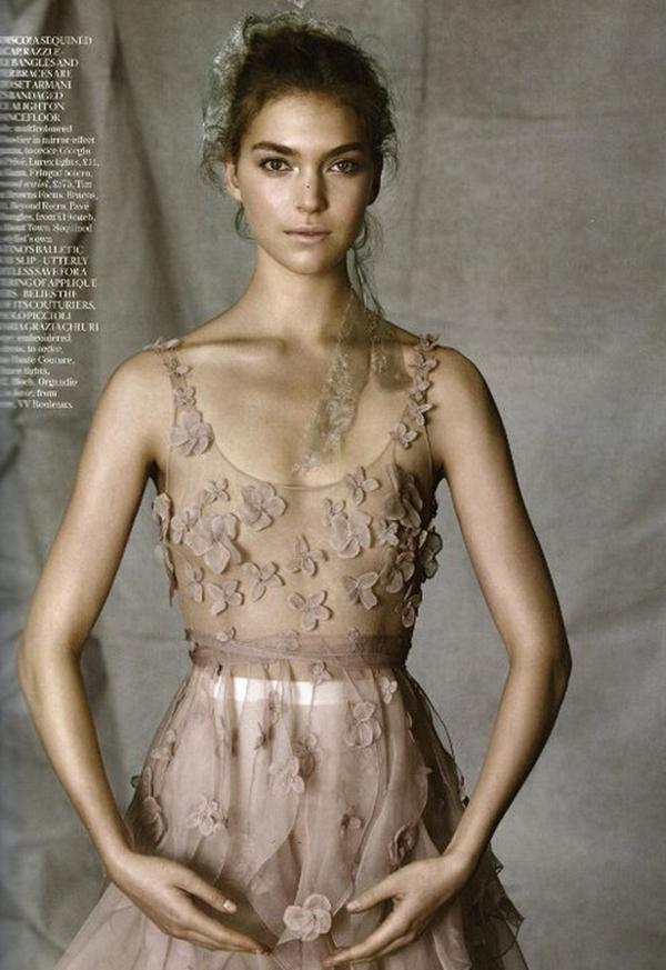 413 Junski editorijal Vogue UK