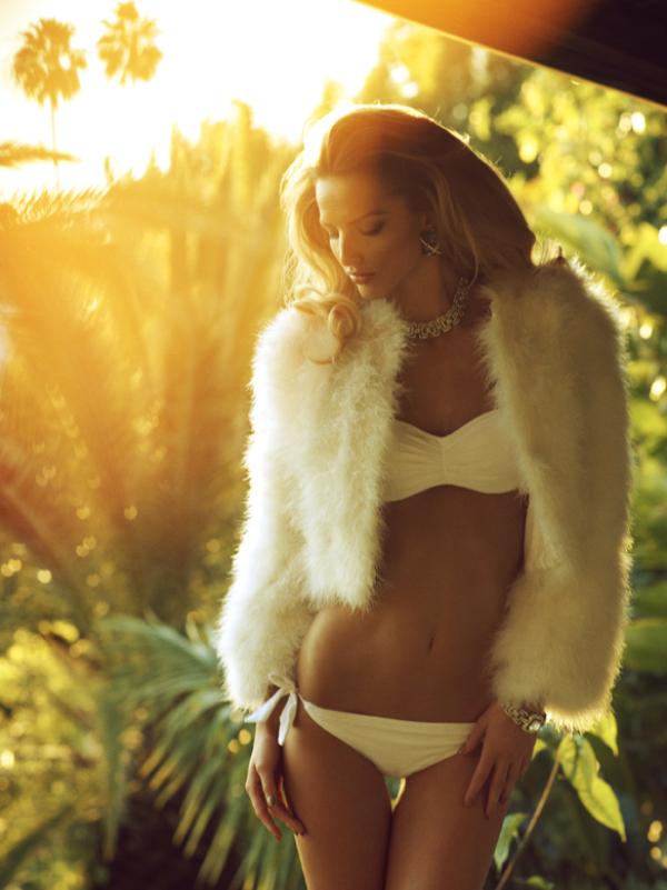 6a00e54ef96453883401538eec2bb7970b 800wi picnik Michaela Kocianova za Vogue Italia Beauty