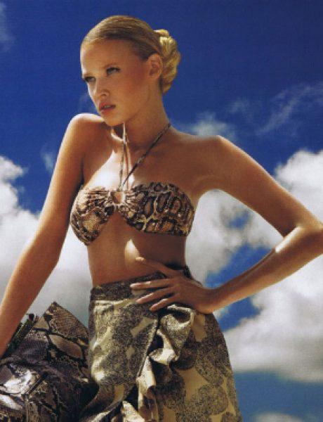 "Lara Stone za ""Vogue US"" jun 2011."