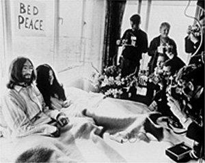 BedIn Muze na Zemlji: Yoko Ono