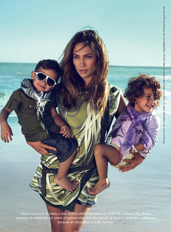 JLo and Kids Gucci J.Lo sa blizancima za Gucci