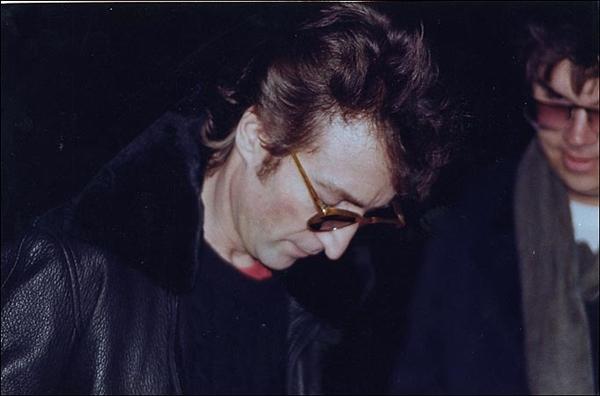 Lennon and Chapman Muze na Zemlji: Yoko Ono