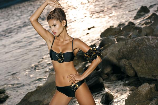 camilamoraisshebeachwear11glamourcollection5 picnik SHE BeachWear Campaign 2011.