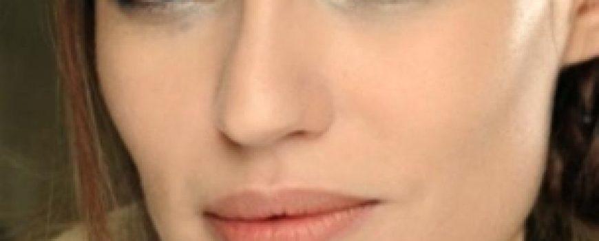 """Makeup: Chanel kaže """"Ove jeseni tamne boje i šljokice"""""""