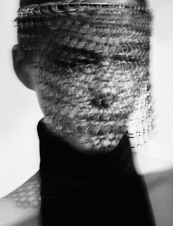 curve2 Yulia Kharlapanova za Marie Claire Italia jun 2011.