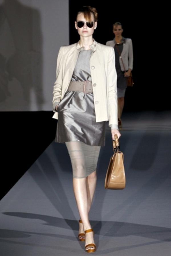emporio armani dress Business Chic Trend proleće/leto 2011.