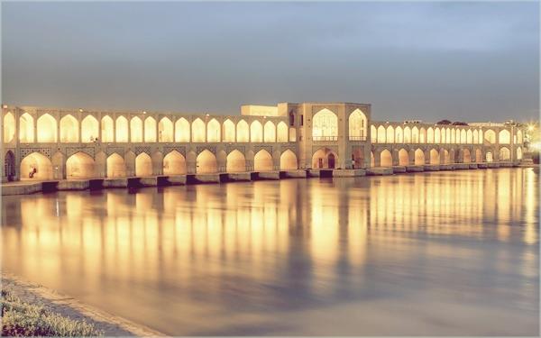 naslovnyaaaa1 Najlepši mostovi sveta: Khaju most, Iran