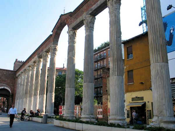 san lorenzo columns cc ciordia9 picnik Jedan drugačiji Rim