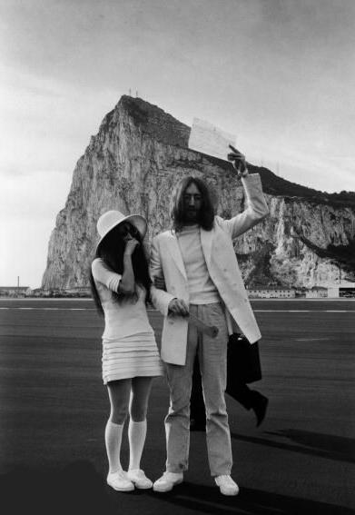 wedding Muze na Zemlji: Yoko Ono