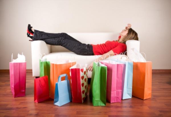 women shopping Vodič kroz rasprodaje