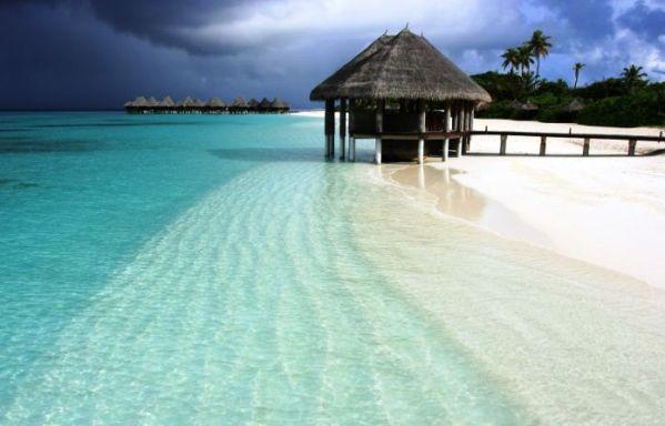 127 cmc maldivi original Romantične destinacije za medeni mesec
