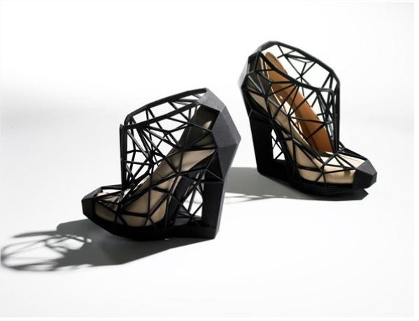 222 Nevidljive cipele
