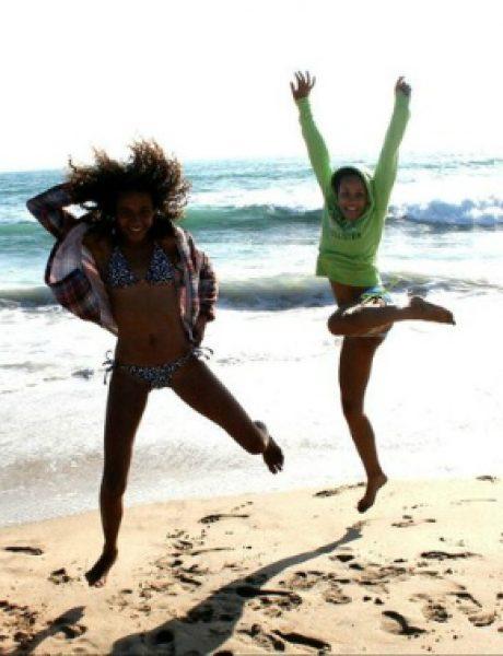 Neophodni aksesoari za plažu: osmeh, dobro raspoloženje i, naravno, bikini!