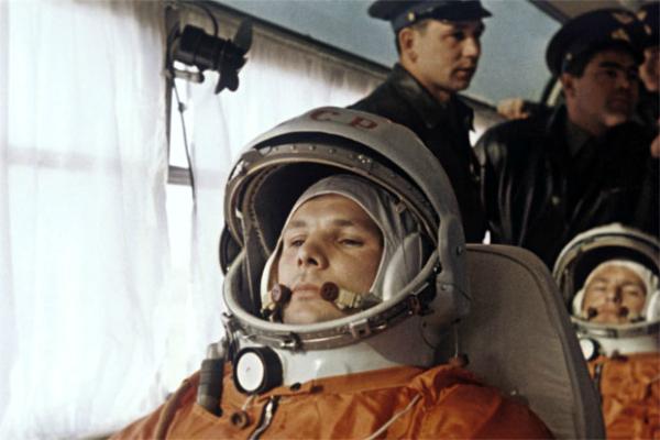 3. Ispod pasusa o obuci i odabiru Gagarina i Titova za let picnik Ljudi koji su pomerali granice: Jurij Gagarin