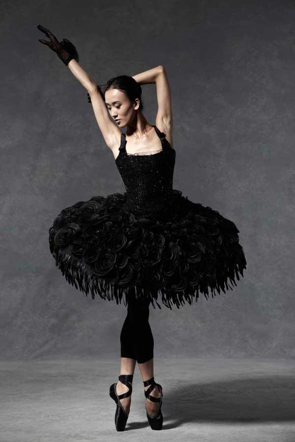 Jacques Azagury english ballet auction Štikla od 20cm nije previše ako postoji pravi razlog