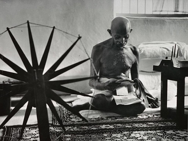 Mahatma Gandhi Wallpapers Ljudi koji su pomerali granice: Mahatma Gandhi