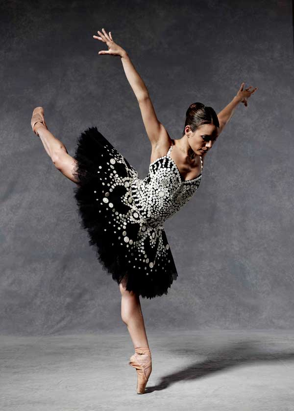 Moschino english ballet party Štikla od 20cm nije previše ako postoji pravi razlog