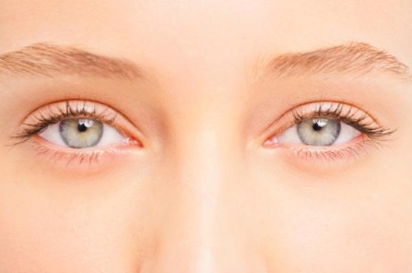 eyes 16 loših navika kada se radi o vašoj koži