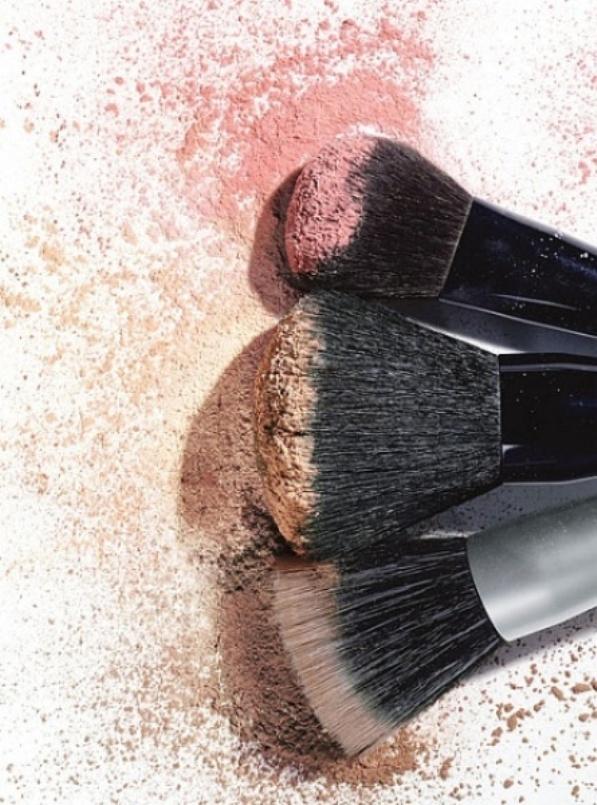masl02b dirty brushes 16 loših navika kada se radi o vašoj koži
