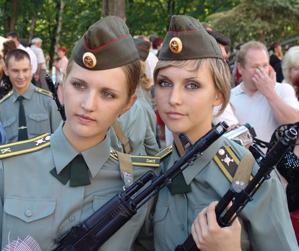 military woman russia army 000076 Kratka istorija vojne mode