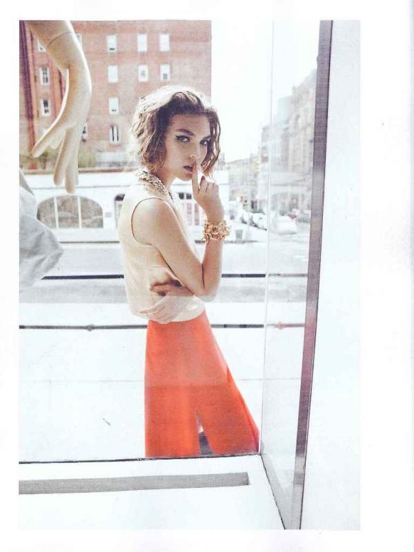 """muse5  Arizona Muse za """"Vogue UK"""" avgust 2011."""