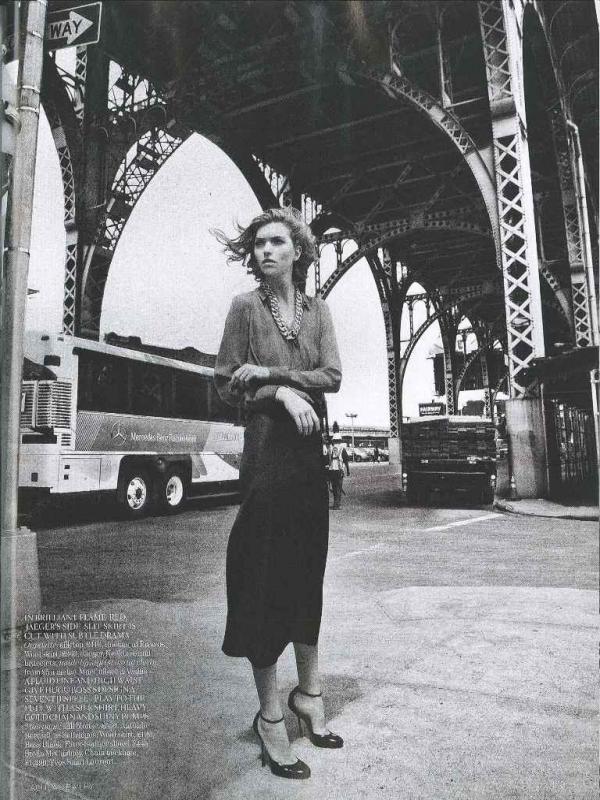 """muse7  Arizona Muse za """"Vogue UK"""" avgust 2011."""